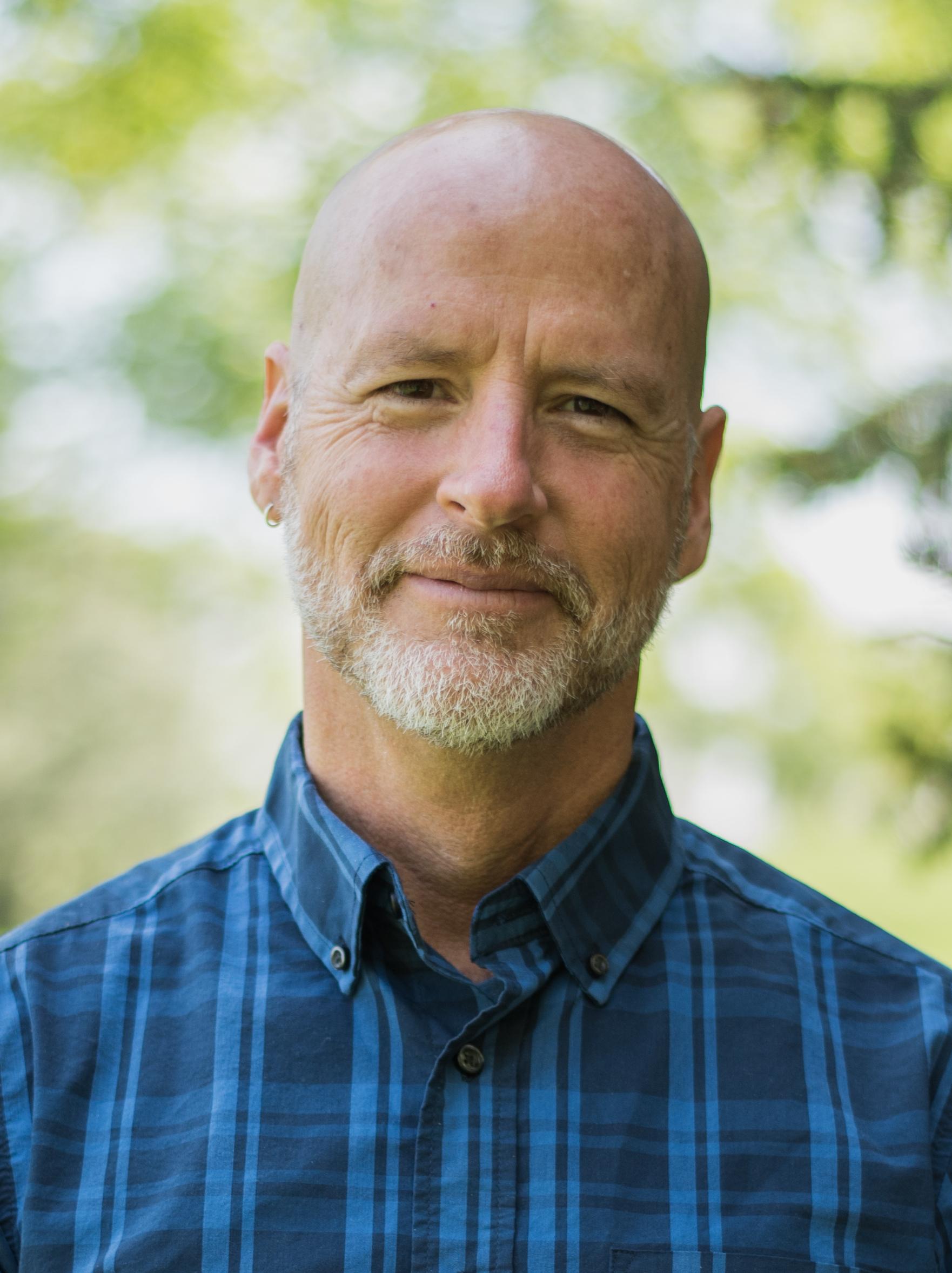 J Elliott Cisneros